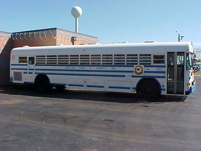 Bus in Salleyport.jpg (48909 bytes)